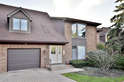 Westchester Condo/Townhouse For Sale: 14 Kings Court #D2
