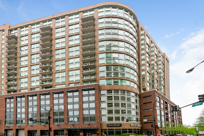 Condo/Townhouse For Sale: 600 North Kingsbury Street #1905