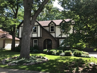 Wheaton Single Family Home Contingent: 1255 Yorkshire Woods Court