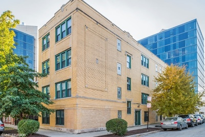 Condo/Townhouse For Sale: 2703 West Belden Avenue #3
