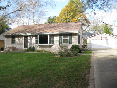 Algonquin Single Family Home For Sale: 6 Sunset Lane