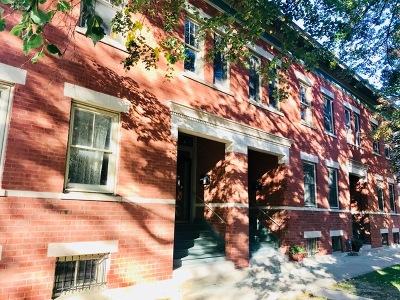 Oak Park Condo/Townhouse Price Change: 610 Randolph Street #2