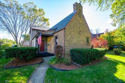 Munster Single Family Home For Sale: 7713 Forest Avenue