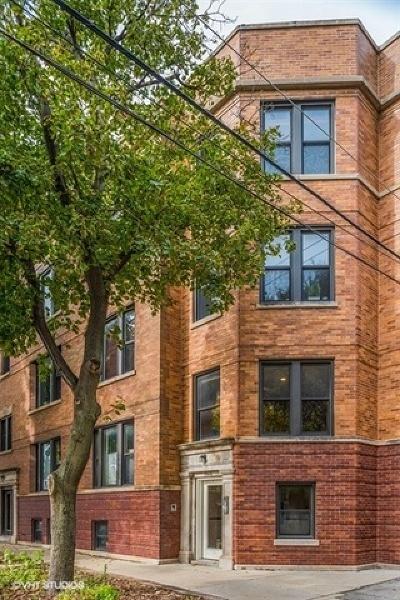 Condo/Townhouse For Sale: 1944 West Newport Avenue #1