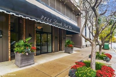 Condo/Townhouse For Sale: 2144 North Lincoln Park West Avenue #6D