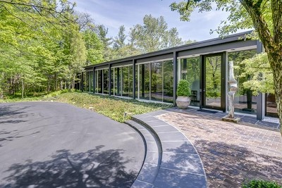 Northfield Single Family Home For Sale: 15 Country Lane