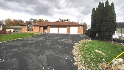 Lisle Single Family Home For Sale: 5609 Riverview Drive