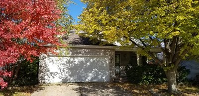 Carol Stream Single Family Home Contingent: 633 Teton Circle