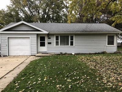 Dwight Single Family Home For Sale: 306 West Waupansie Street