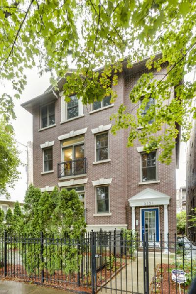 Condo/Townhouse For Sale: 3131 North Racine Avenue #1F