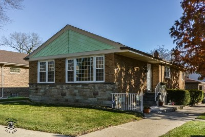 Single Family Home For Sale: 6301 North Kedzie Avenue