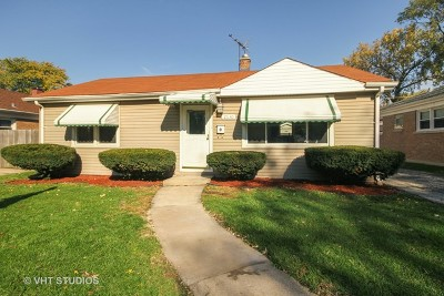 Evergreen Park Single Family Home For Sale: 2630 West 97th Street