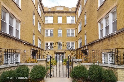 Condo/Townhouse For Sale: 1438 West Roscoe Street #1