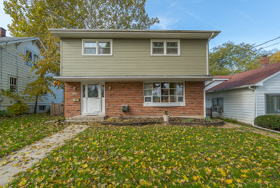 St. Charles Single Family Home For Sale: 19 South 11th Street