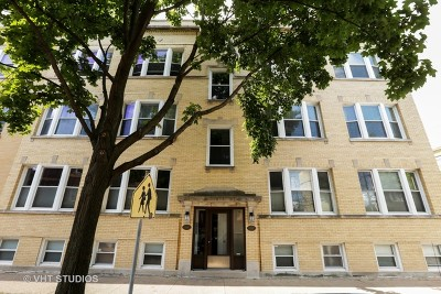 Condo/Townhouse For Sale: 4110 North Wolcott Avenue #3