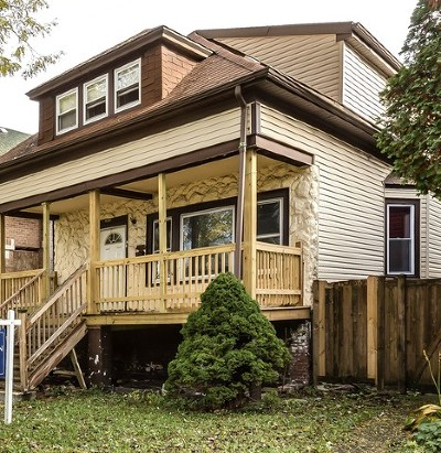 Single Family Home For Sale: 4721 North Avers Avenue