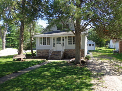 Crystal Lake Single Family Home Price Change: 253 McHenry Avenue
