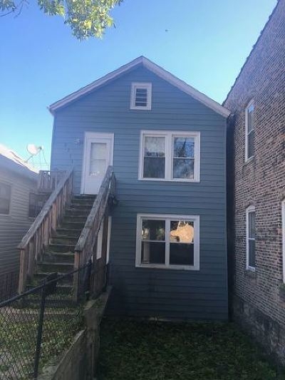 Chicago Multi Family Home For Sale: 2711 South Emerald Avenue