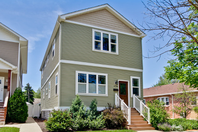 Brookfield Single Family Home For Sale: 4138 Grove Avenue