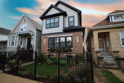 Chicago Single Family Home For Sale: 3012 North Spaulding Avenue