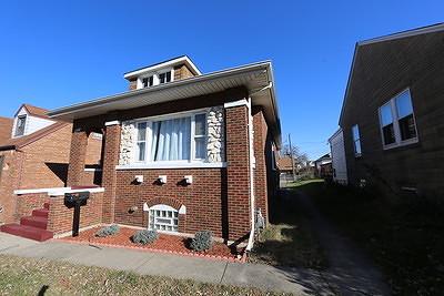 Lansing Single Family Home For Sale: 18125 Oakwood Avenue