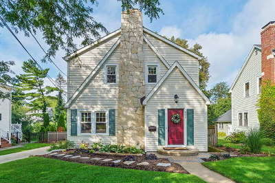 Glen Ellyn Single Family Home For Sale: 300 May Avenue