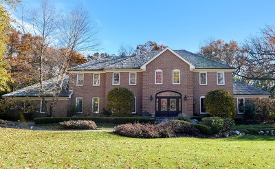 Lake Forest Single Family Home For Sale: 1541 Heritage Court