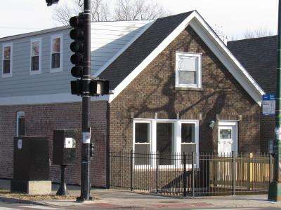 Chicago Single Family Home For Sale: 3301 South Damen Avenue