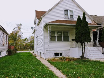 Chicago IL Single Family Home For Sale: $119,900