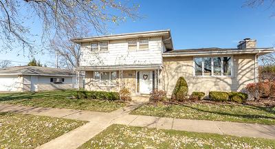 Oak Lawn IL Single Family Home New: $284,900