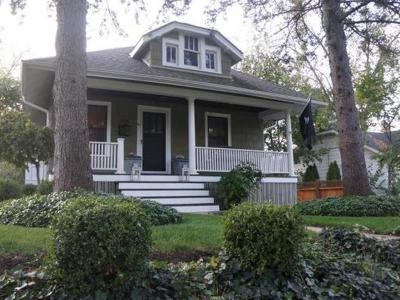 Barrington Single Family Home Contingent: 206 North Hager Avenue