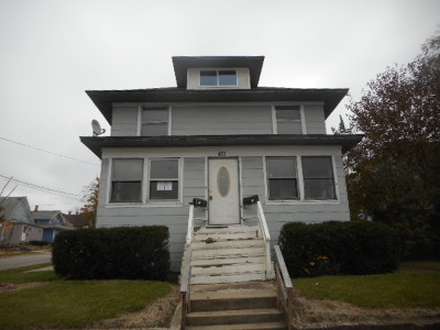Elgin IL Multi Family Home New: $140,000