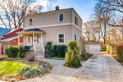 Elmhurst Single Family Home For Sale: 470 West Alma Street
