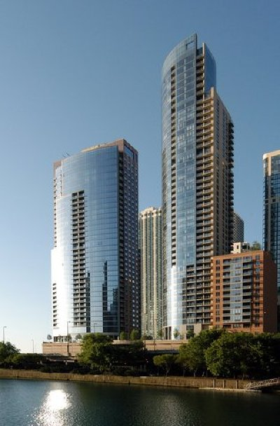 Condo/Townhouse New: 450 East Waterside Drive #1304