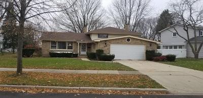 Arlington Heights IL Single Family Home New: $432,000
