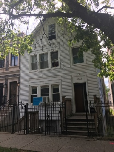 Multi Family Home For Sale: 1838 North Marshfield Avenue