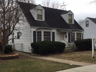 Elmhurst Single Family Home For Sale: 166 East Hale Street