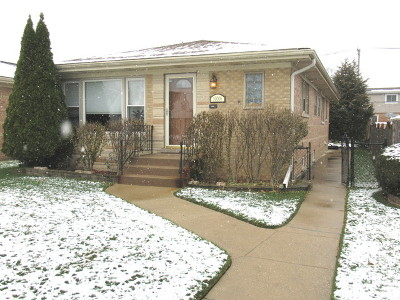 Franklin Park Single Family Home For Sale: 10006 Schiller Boulevard