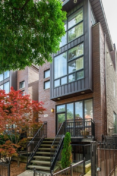 Cook County Condo/Townhouse New: 936 North Honore Street #1