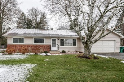 Crystal Lake Single Family Home For Sale: 4603 Orchard Lane