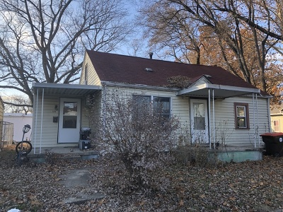 Farmer City Single Family Home For Sale: 105 North James Street