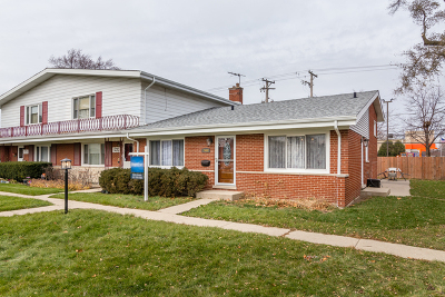 Niles Condo/Townhouse For Sale: 7040 West Carol Avenue #7040