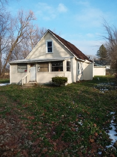 Crystal Lake Single Family Home For Sale: 101 Edgewood Avenue