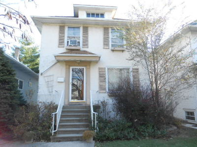 Oak Park Single Family Home Contingent: 1142 Home Avenue