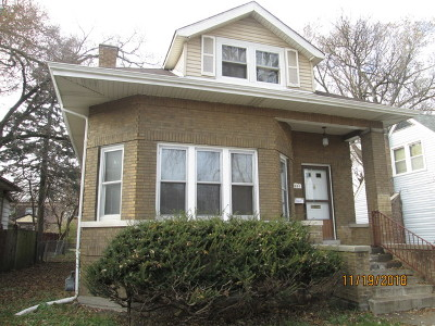 Riverdale IL Single Family Home For Sale: $104,900