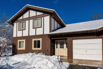 Warrenville Condo/Townhouse For Sale: 2s640 Cerny Road #B2