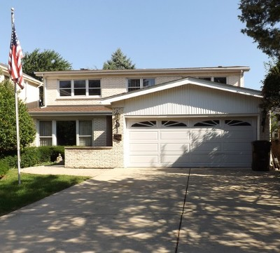 Skokie Single Family Home For Sale: 5246 Pratt Avenue