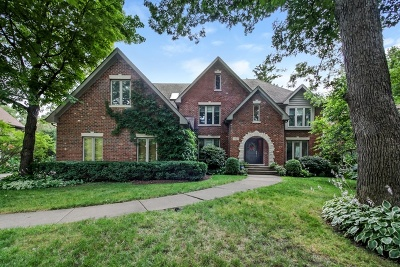 Downers Grove Single Family Home For Sale: 3621 Sterling Road