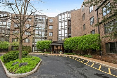 Highland Park Condo/Townhouse For Sale: 601 Mulberry Place #3F