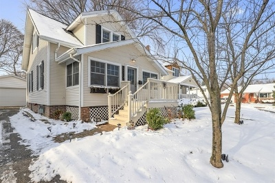 Lake Forest Single Family Home For Sale: 1214 Griffith Road